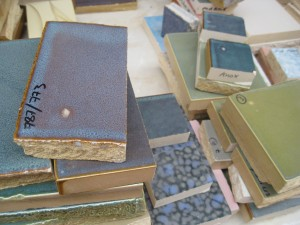 Shaws produce their own glaze recipes for each colour using raw materials containing metal oxides